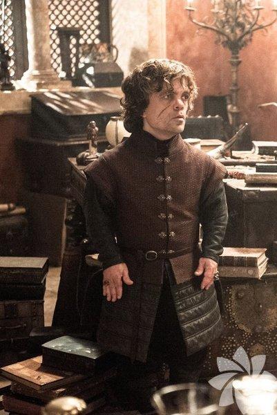 """""""Ölüm, korkunç bir şekilde son noktayken, hayat ise olasılıklarla doludur."""" – Tyrion Lannister."""
