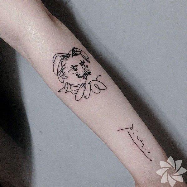 Minimalist dövme yaptırmak isteyenleri buraya alalım...  Picasso dövme