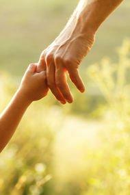 6 maddede çocuğunuza iyi örnek olun
