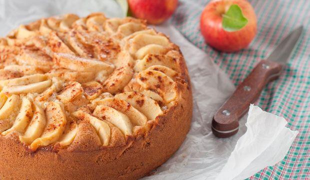 Pekmezli elmalı kek