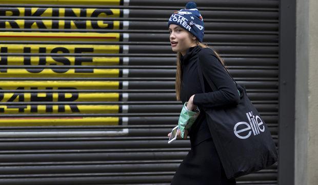 Londra Moda Haftası sokak stili