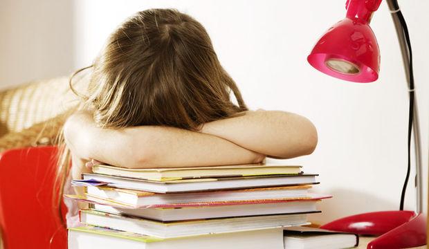 Ders çalışmayı sevmeyen çocuk için öneriler
