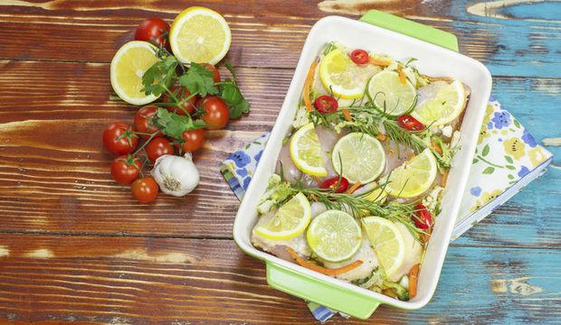 Limonlu ve zeytinli tavuk