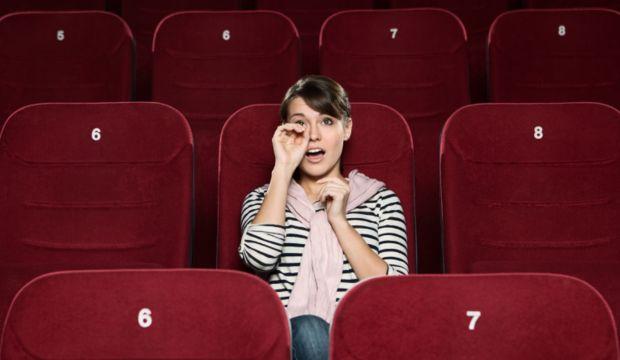 Ağlatan filmler izlemek aslında mutluluk veriyor