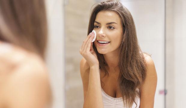 Makyaj temizlemenin doğal yolları