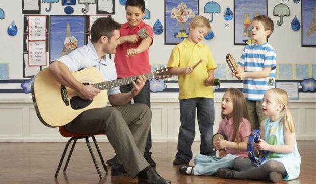 Çocuklara ders çalışmayı sevdirmek