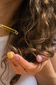 Kuru saçlara nasıl bakım yapılmalı?