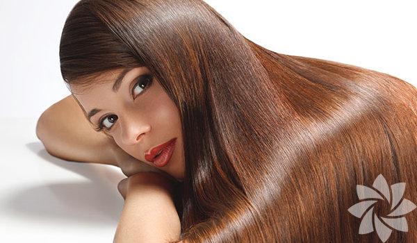 1. Sık sık kestirmek saçı uzatır Saçı sık sık kestirmenin daha hızlı uzamasına sebep olduğunu hiç duymadınız mı? Kestirmek saçı sağlıklı kılar ve ölü uçlardan kurtardığı için daha güzel gösterir ama uzamasına hiçbir katkıda bulunmaz. Saçlar diplerden uzar, uçlardan değil!