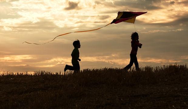 Çocuklarımıza ne yaptığımızın farkında mıyız?