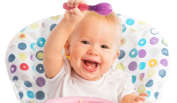 Bebeklerin ek gıdayla tanışması