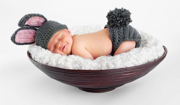 Bebekler için uyku tulumu nasıl seçilir?