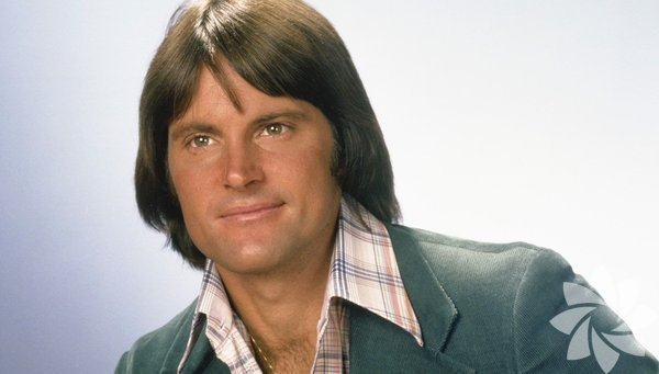 Caitlyn Jenner eski adıyla Bruce Jenner, 28 Ekim 1949 yılında Amerika'da dünyaya geldi.