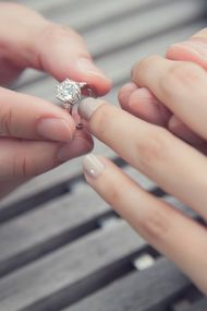 Evlilik teklifi yüzüğü nasıl olmalı?