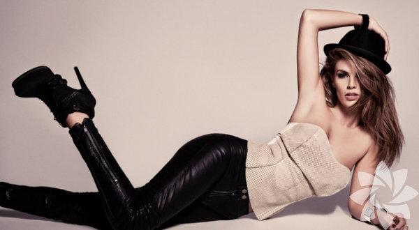 Her yıl büyük bir merakla beklenen Victoria's Secret Moda Şovu, dün Çin'in Şanghay kentinde gerçekleşti.