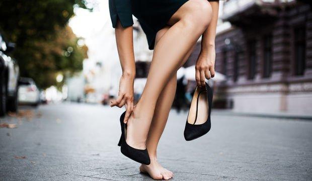 Dar ayakkabı nasıl genişletilir?