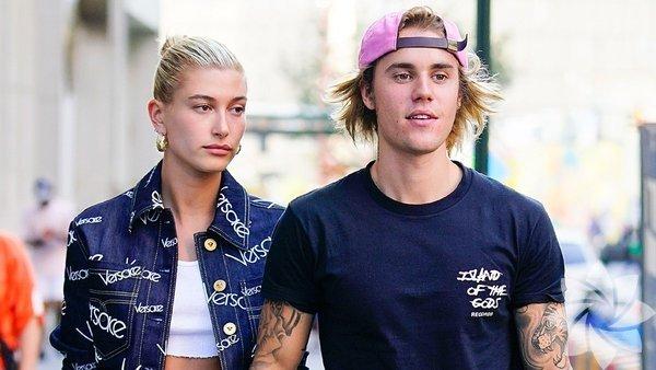 Bir süredir top model Hailey Baldwin ile birlikte olan Bieber, ünlü modele evlenme teklif etti.