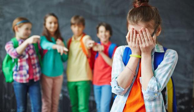 Tehlikeli bir okul çağı sorunu: Akran zorbalığı