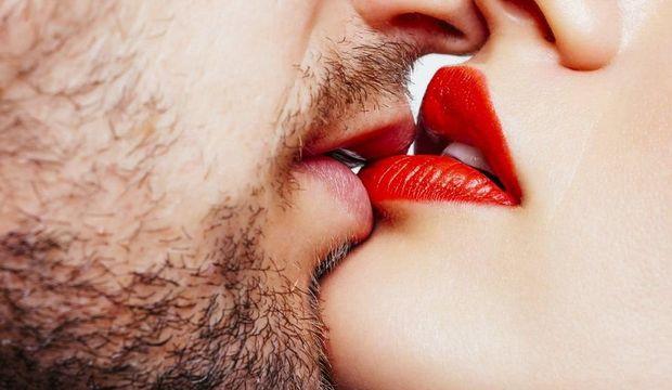 Cinsel tatmin için ön sevişme şart değil