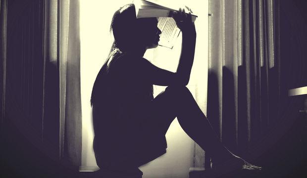 Uzun süreli strese maruz kalan kişilerin beyinleri küçülüyor!