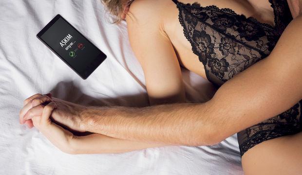 Erkek yatarak kadın severek aldatır
