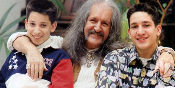 Batıkan Manço 74'üncü yaş gününde babasını şu cümlelerle anlatmıştı: