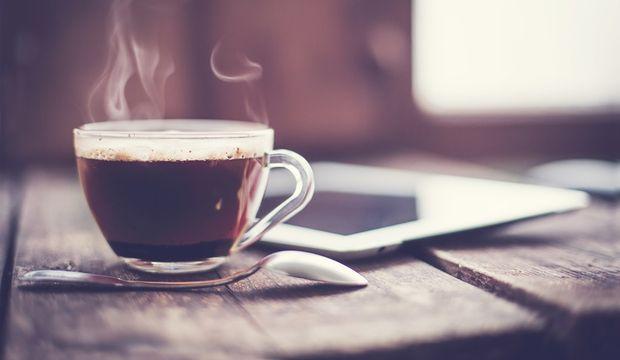 Kafeinin fazlası duygularımızla oynuyor
