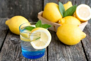 En faydalı limonlu su tarifi