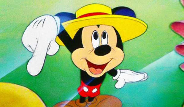Mickey Mouse neden beyaz eldiven giyer?