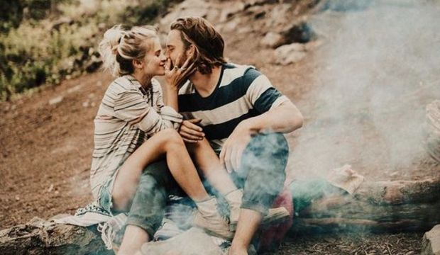 Karşı cinsi neye göre çekici buluyoruz?