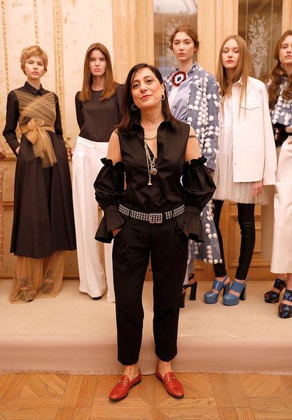 Mehtap Elaidi, 2017/18 Sonbahar-Kış koleksiyonunda Türkiye'nin ilk kadın stüdyo fotoğrafçısı Maryam Şahinyan'ın çektiği fotoğraflardan, hayat hikayesinden, Türkiye'nin 50'lerden 90'ların sonuna uzanan moda anlayışından, İstiklal Caddesi'nden ve güçlü kadınlarından etkileniyor.