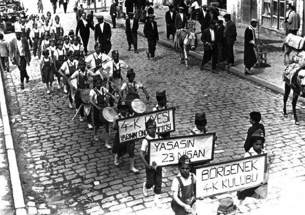 Eski 23 Nisan Ulusal Egemenlik ve Çocuk Bayramı fotoğrafları