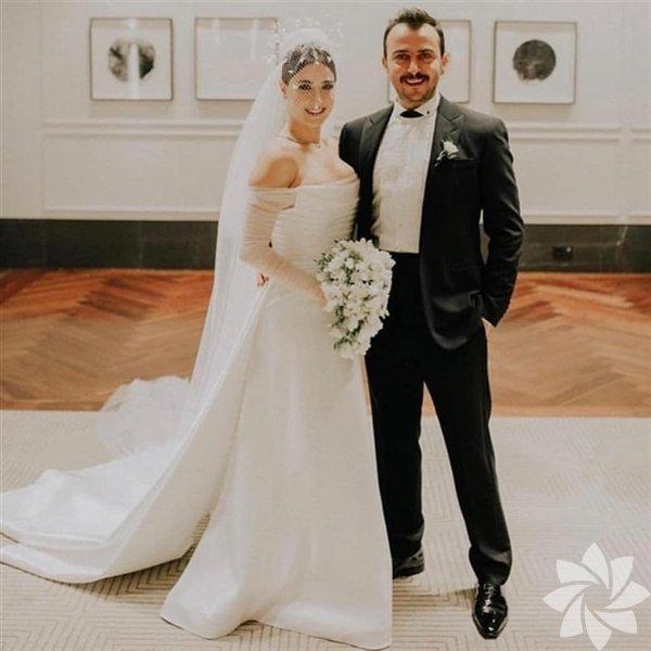 5 yıldır birlikte olan Hazal Kaya ve Ali Atay çifti dün dünyaevine girdi.