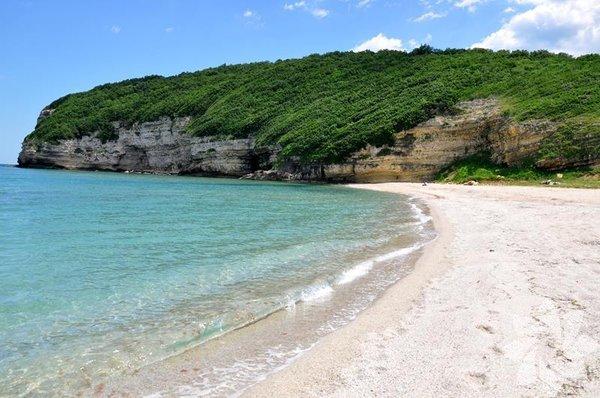 Çilingöz Tabiat parkı ve plajı ile büyüleyen bu yer Karadeniz kıyısında bulunuyor.
