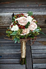 Kış gelinlerine özel çiçekler