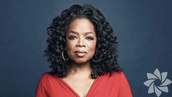 Oprah Winfrey Kendi televizyon programına sahip olan ve sunan ilk kadın Oprah. Oprah Winfrey Show, televizyon tarihinin en beğenilen programlarından biri ve 25 yıl sürdü.
