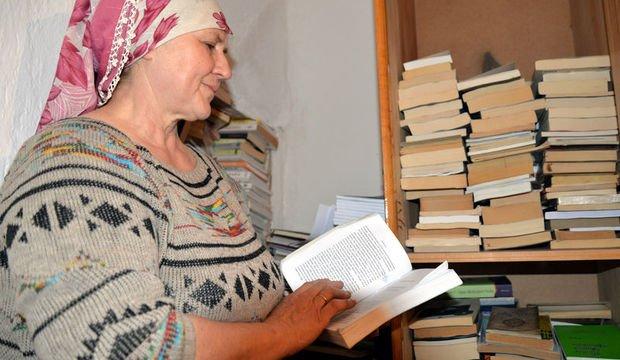 """""""Kadınların mutlaka kitap okuması gerektiğine inanıyorum"""""""