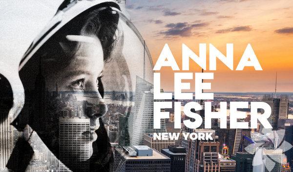 Anna Lee Fisher / New York 1949 yılında ABD'nin New York şehrinde dünyaya gelen. Anna Lee Fisher, tarihe adını y uzaya giden ilk anne olarak yazdırdı. Asıl mesleği kimyagerlikti. Buna karşın Astronot olan Fisher, 1984 yılında uzaya gitti ve kadınların yaşamına bambaşka bir bakış açısı getirdi. Uzaydan döndüğünde yılın annesi ve yılın kadını seçildi. Daha sonra NASA Üstün Hizmet Madalyası'nı aldı. Hem kadınları hem de tüm anneleri gururlandırdı...