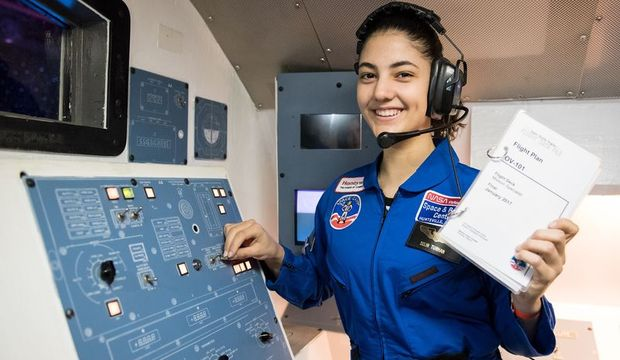 Amerika'daki uzay kampına katılan tek Türk: Selin Turhan
