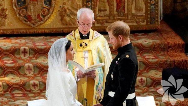 İngiliz Kraliyet ailesinin 6. sıradaki varisi Prens Harry, Meghan Markle'le evlendi.