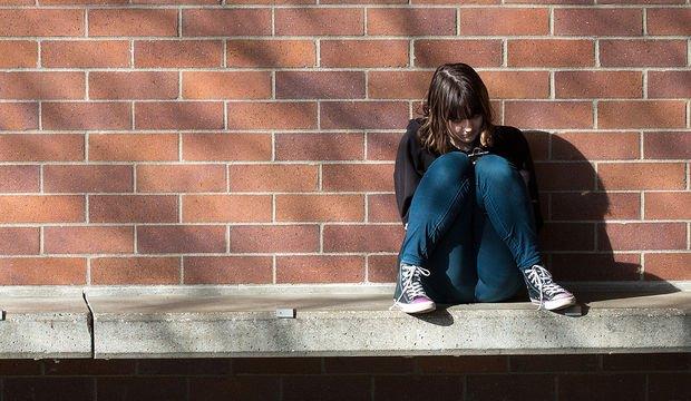 Sosyal medya bağımlılığı, özellikle kızların sağlığını kötü etkiliyor
