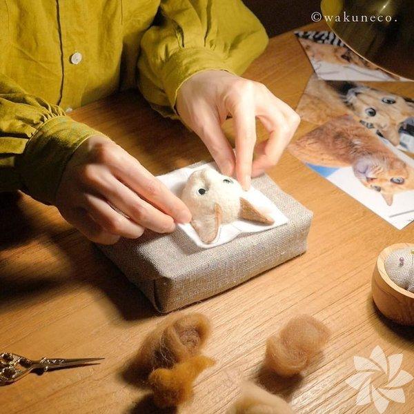 Japon sanatçının gerçekçi kedi portreleri