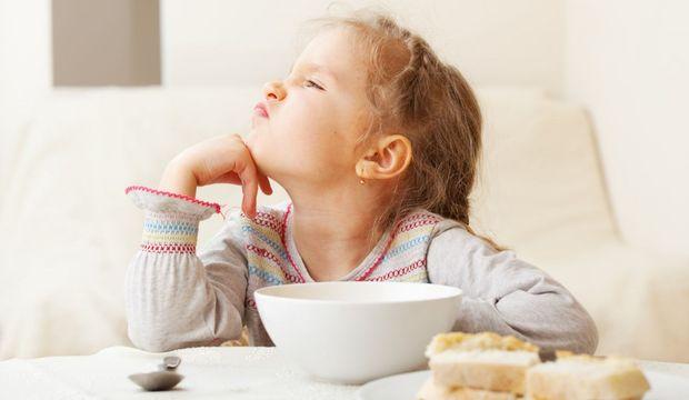 Annelerin çocukların beslenmesinde yaptığı 5 hata