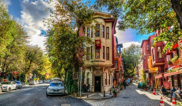 Karşımda İstanbul
