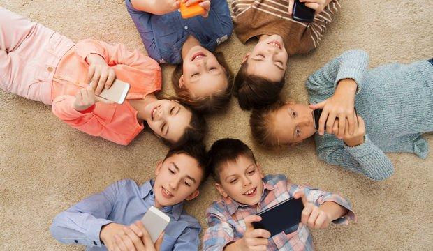 Çocuklarda teknolojiye karşı farkındalık nasıl oluşturulabilir?
