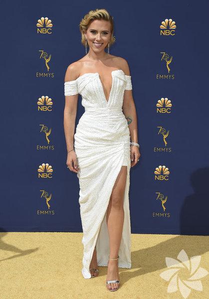 Scarlett Johansson Elbise: Balmain Fotoğraf:AP