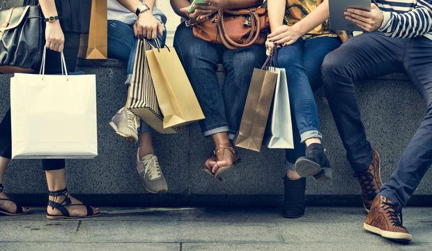 Alışveriş mi yapıyoruz?