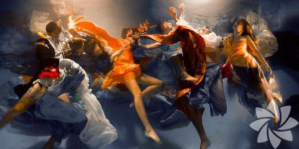 Fotoğrafçı Rogers, su altında çektiği fotoğraflar ile oldukça dikkat çekiyor.