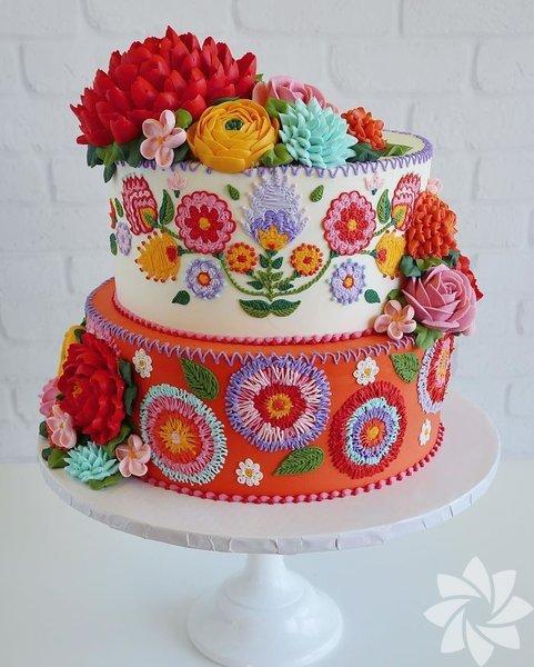 İşte renkli pastalar...