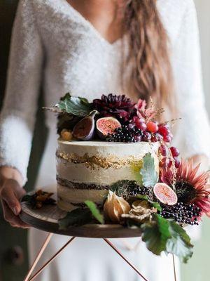 Düğün trendi: Orman meyveli pastalar