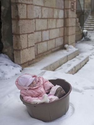 Bebeğinizin ilk kışı: Yeni ebeveynlere soğuk hava tüyoları